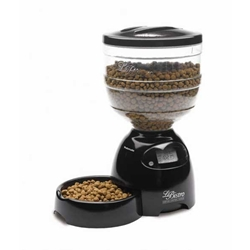 Petmate PTM24240 Le Bistro Programmable Feeder 10 lbs Black
